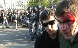 Alexei Gaskarov (right) at the 6 May demonstration. Source: Grani.ru.