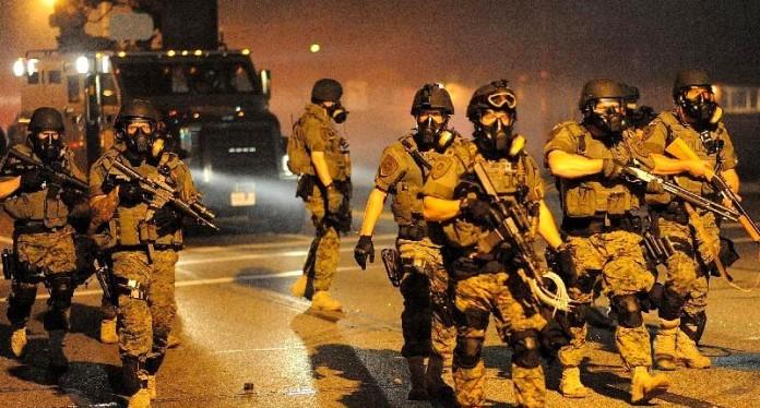 Ferguson-cops-800x430
