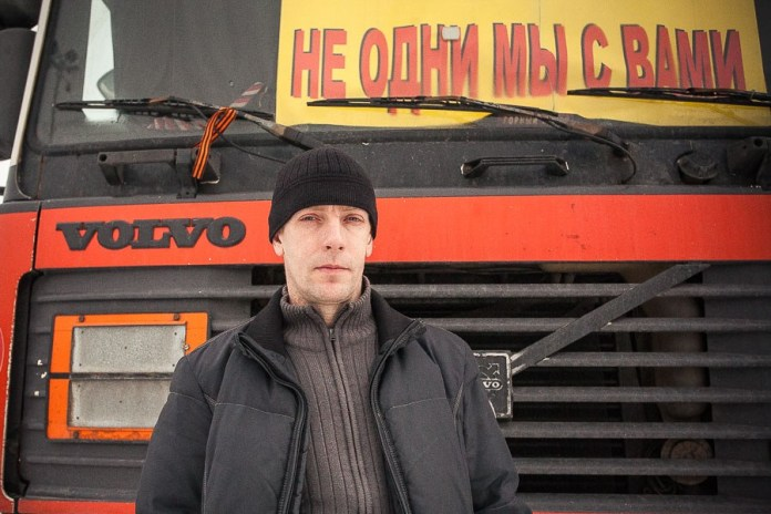 Dmitry, 42, individual entrepreneur. Has been hauling freight since 1997. The past five years has been hauling containers around the city, but sometimes takes loads to Karelia. Married with a 16-year-old daughter.