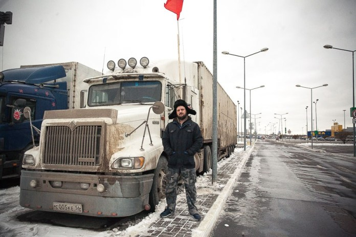 Dmitry, 30. Works with an individual entrepreneur as a crew member. Has driven since he was 18. Got his semi-trailer license at 21 and has been driving big rigs ever since. Married with two children.