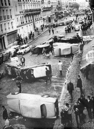 1968_car-barricades