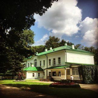 Tolstoy_house-2048x2048